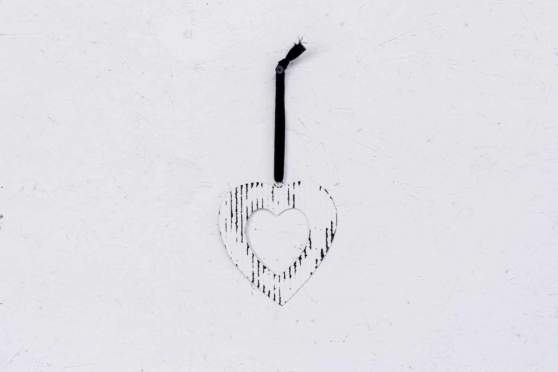 לב פח גלי - לבן