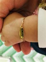 צמיד זהב עם חריטה לתינוקות  חריטת שם על צמיד  צמיד לתינוק  צמיד לתינוקת  צמיד שם לתינוקות  