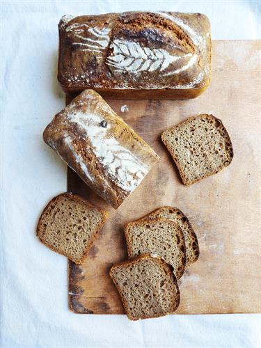 לחם כוסמין מלא 100%