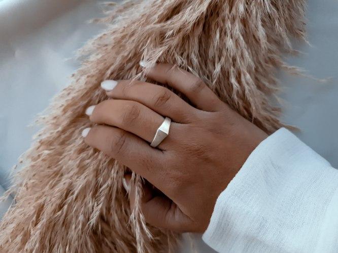 טבעת מלוכה