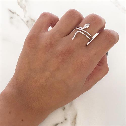 טבעת נחש משובצת זרקון כסף 925