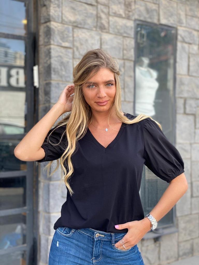 חולצת איבון שחורה THOMAS
