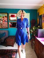 שמלה כחולה מגניבה עם חגורה פיגוזית מידה L