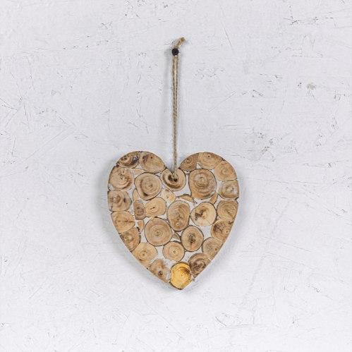 לב בולי עץ קטנים