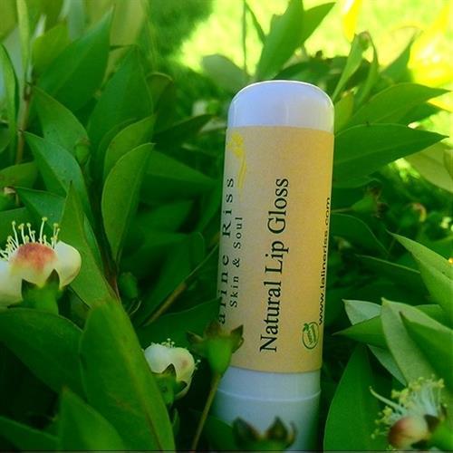 שפתון ליפ גלוס טבעי ובריא  Natural Lip Gloss