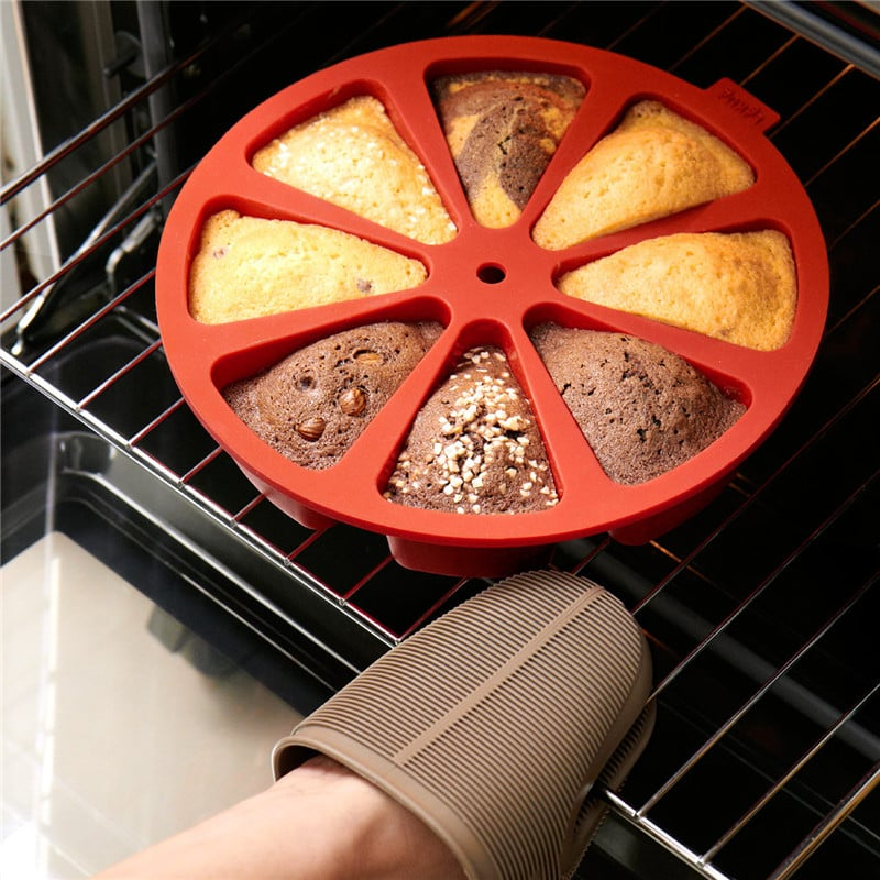 תבנית סיליקון לעוגה 8 משולשים