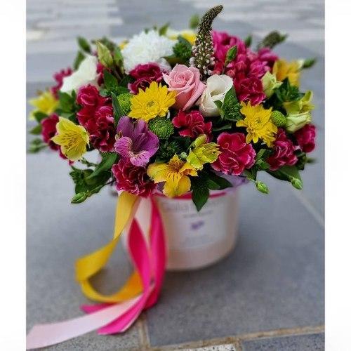 סידור פרחים בקופסא מקט169(תמונה שייכת לגודל גדול)