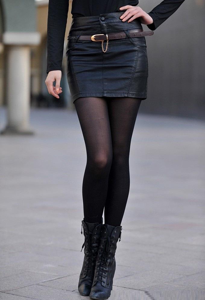 חצאית עור מיני מעל הברך סקסית מעוצבת במידות לבחירה (החגורה כלולה)