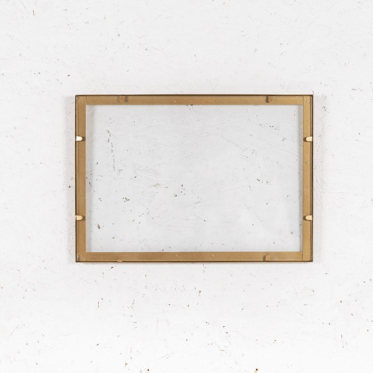 מסגרת ברזל (דו כיווני) זהב - גודל A4
