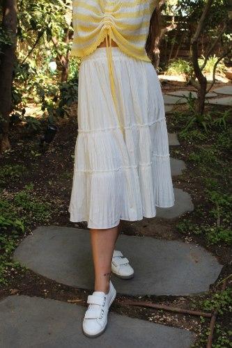 חצאית קלוש לבנה