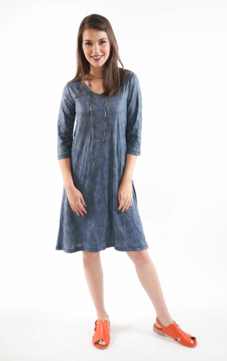 שמלת מנגו כחולה בד מקומט
