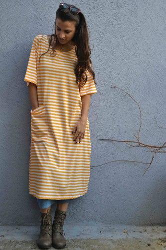 שמלה מדגם טל עם פסים בצבע מנגו