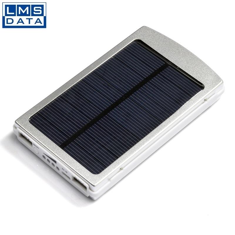 סוללת גיבוי סולרית 8000mAh עם תאורת חירום מבית LMS DATA