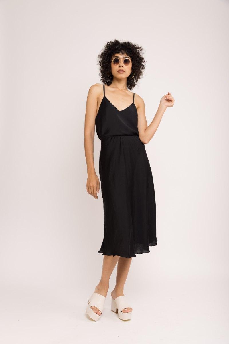 חצאית SLIM - שחורה