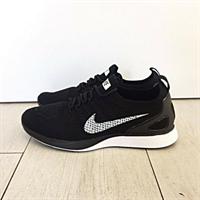 Nike - Flyknit Mariah