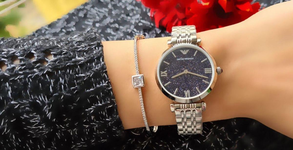 שעון ארמני משולב עם צמיד כסף קשיח