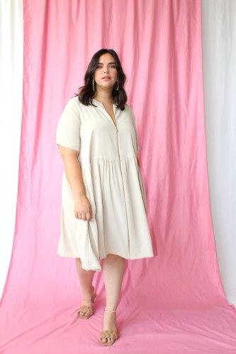 שמלת היילי בז׳ דובאי