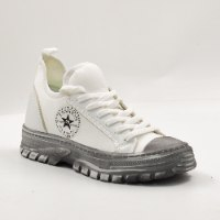 נעלי סניקרס לנשים-אגם