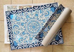 """שטיח פי וי סי למטבח """"מנדלה גלקסיה""""  שטיח למטבח  שטיח פי וי סי   שטיח PVC   שטיחי פי וי סי מעוצבים"""
