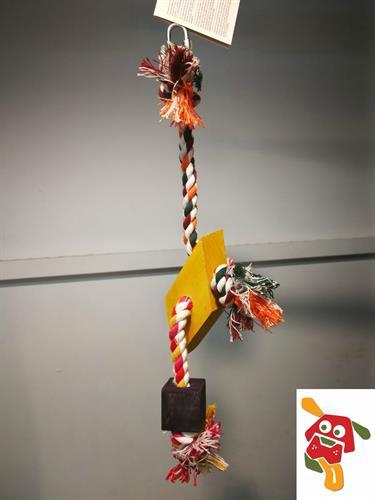 צעצוע לתוכי קטן עד בינוני חבל עם עץ משולש