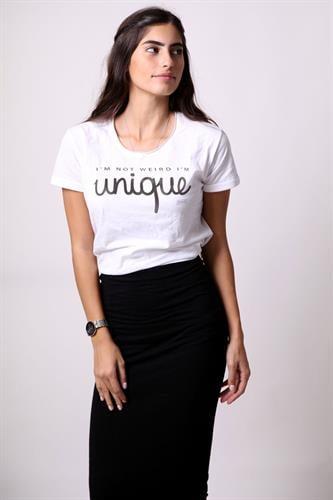 I'M NOT WEIRD I'M unique - Tshirt
