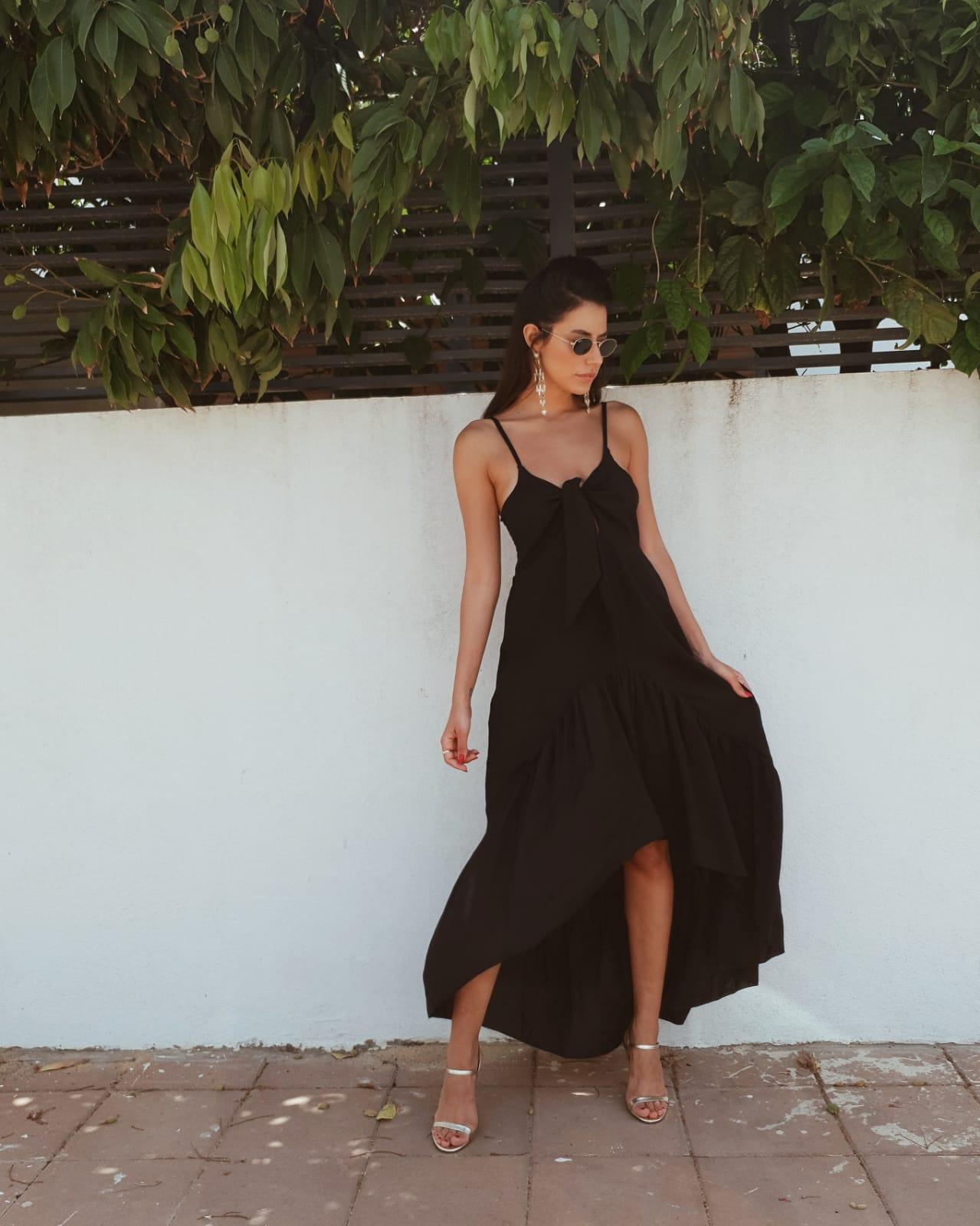 שמלת קירל קשירה - שחורה