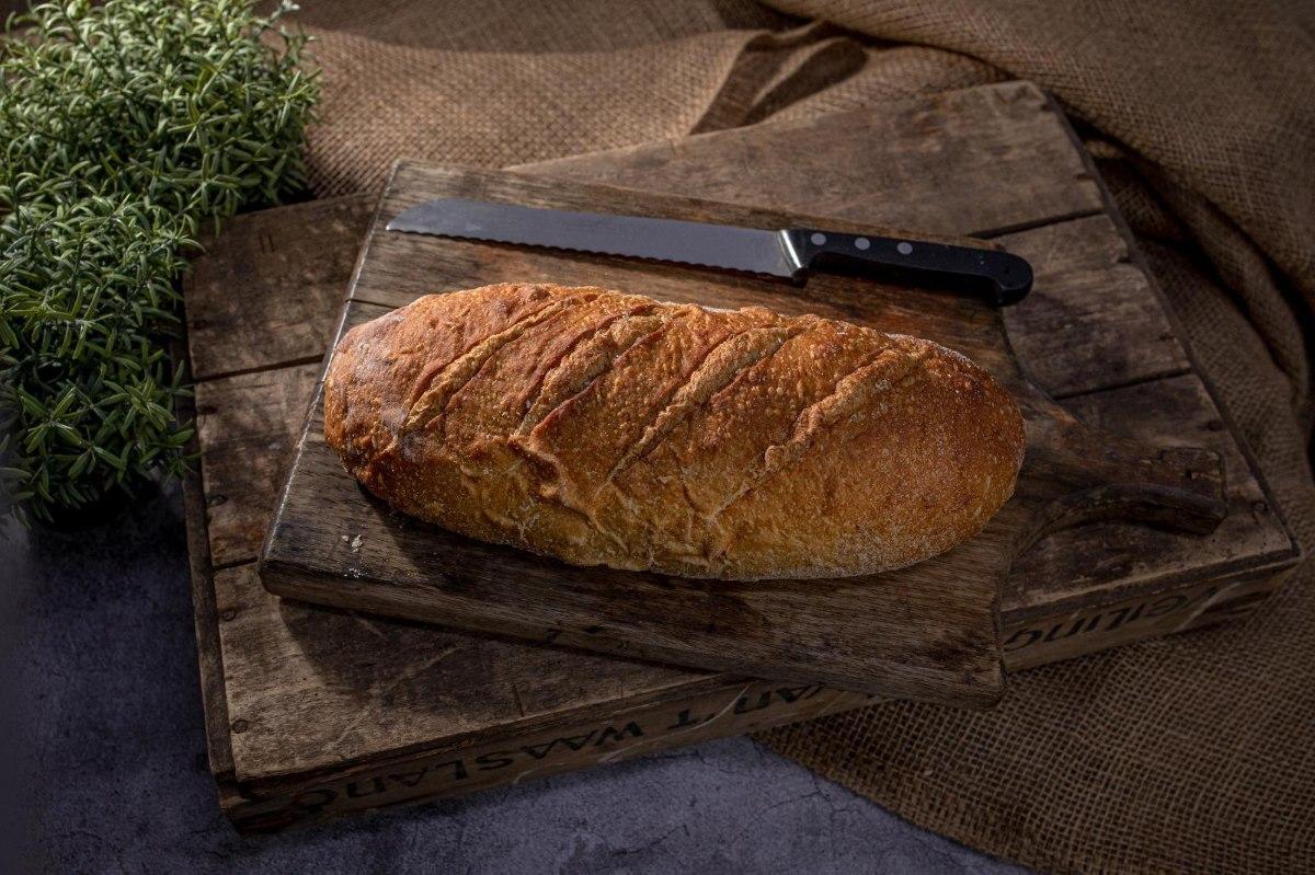 לחם מחמצת עם קמח מלא