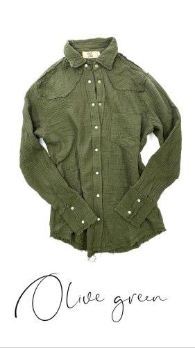 חולצת צווארון תיק תק ווש זית