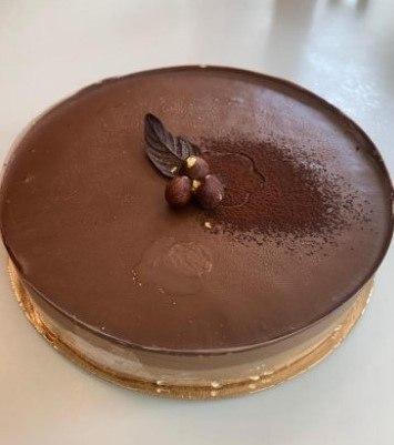סוכרה דה קלואה - שכבות אגוזי לוז ושוקולד, בספונטני