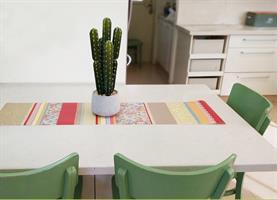 ראנר מעוצב לשולחן - דגם פסים ורדים, עשוי פיויסי - דוגמא