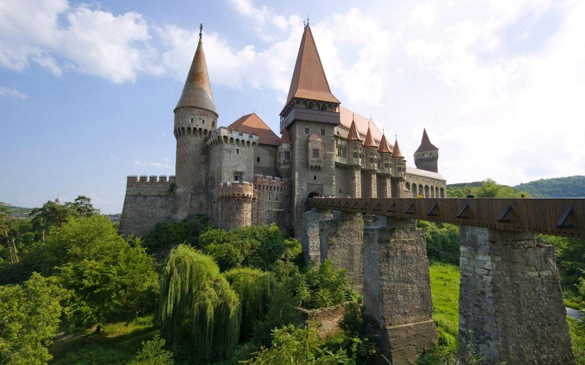 המיטב של רומניה 8 ימים