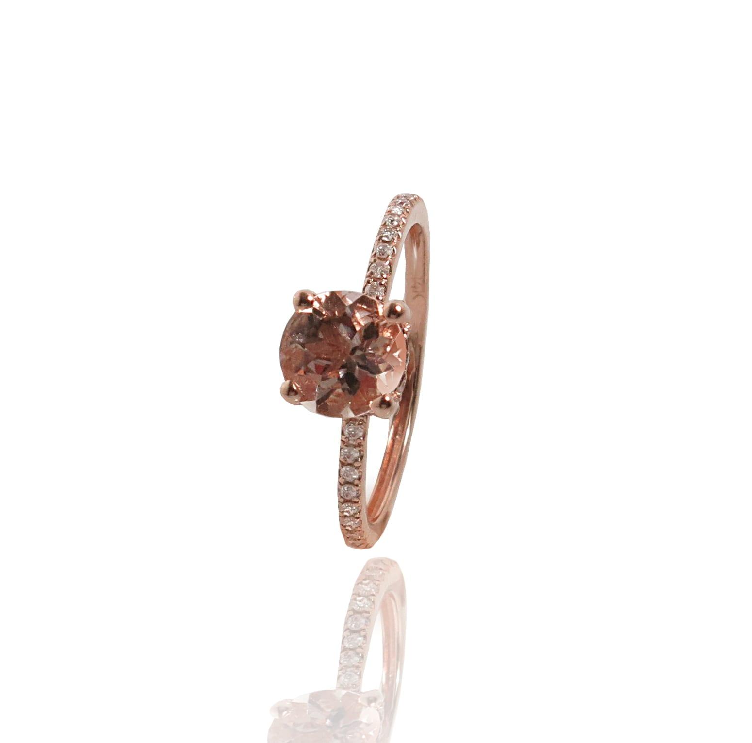 טבעת מורגנייט ויהלומים מעוצבת בזהב ורוד 14 קאראט
