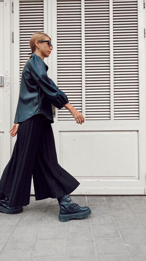מכנסי פליסה - שחור