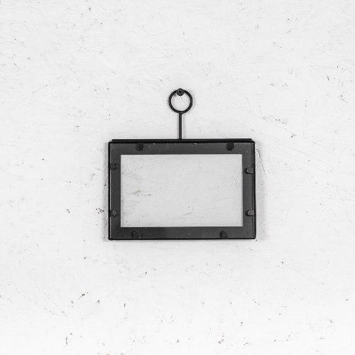 מסגרת ברזל שחורה - גודל קטן (רוחב)