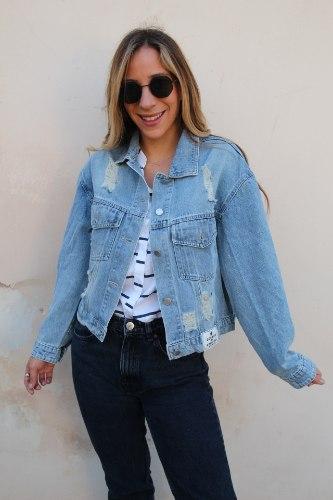 ג'קט ג'ינס אוברסייז קרעים