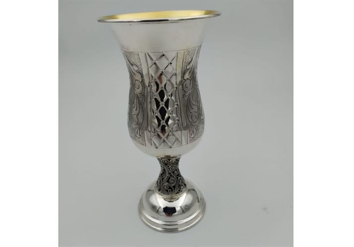 גביע כסף טהור דגם מעויינים