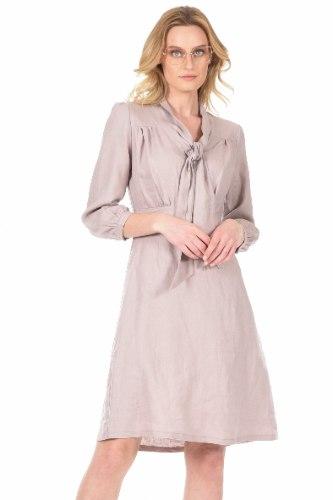 שמלה בינה