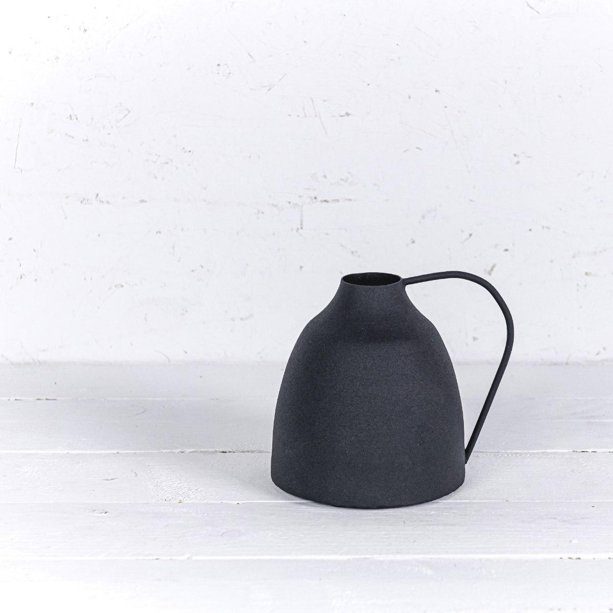 """אגרטל מתכת 15 ס""""מ - ידית שחור"""