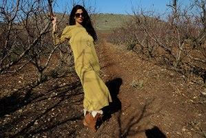 שמלה ארוכה חצי גולף עם כיסים מריב קופרו חרדל