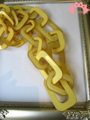 שרשרת צהובה אוברסייז חוליות גיאומטריות