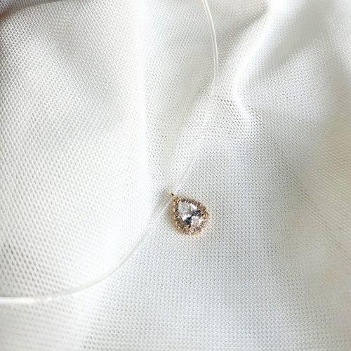 שרשרת חוט שקוף- טיפה משובצת ציפוי זהב
