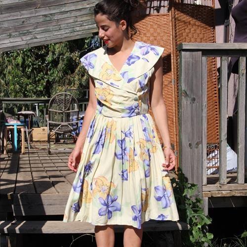 שמלת אייטיז מהודרת מידה M/L