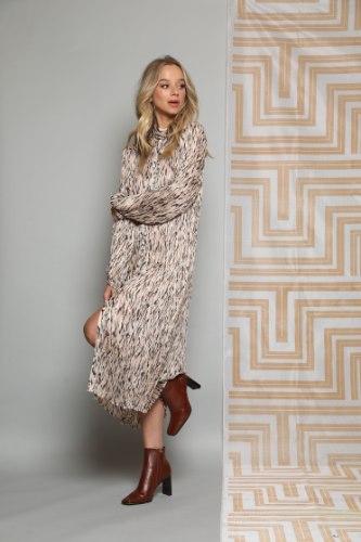 שמלת פליסה NEW