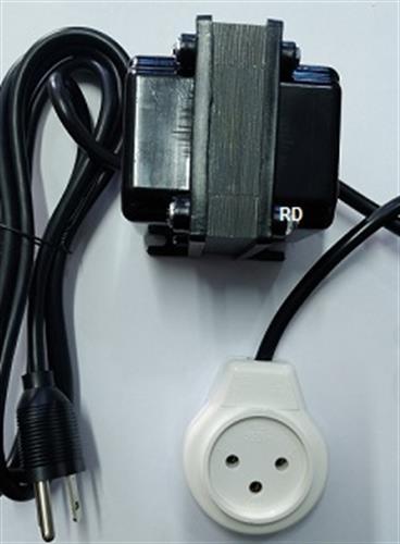 """שנאי 220V לשקע 110V מעלה מתח בהספק 100W לשימוש בחו""""ל במתח 110V"""