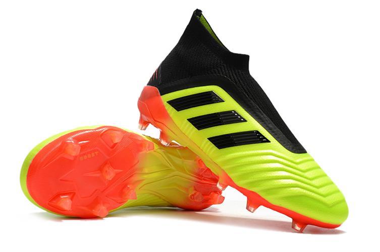 נעלי כדורגל adidas Predator 18 + FG מידות 39-45