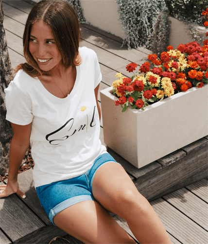 חולצת SMILE פרח