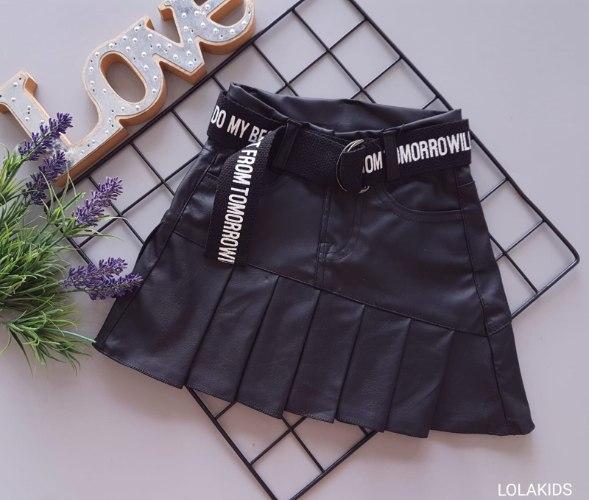 חצאית דמוי עור כולל חגורה דגם 300