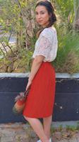 חצאית בובה קצרה