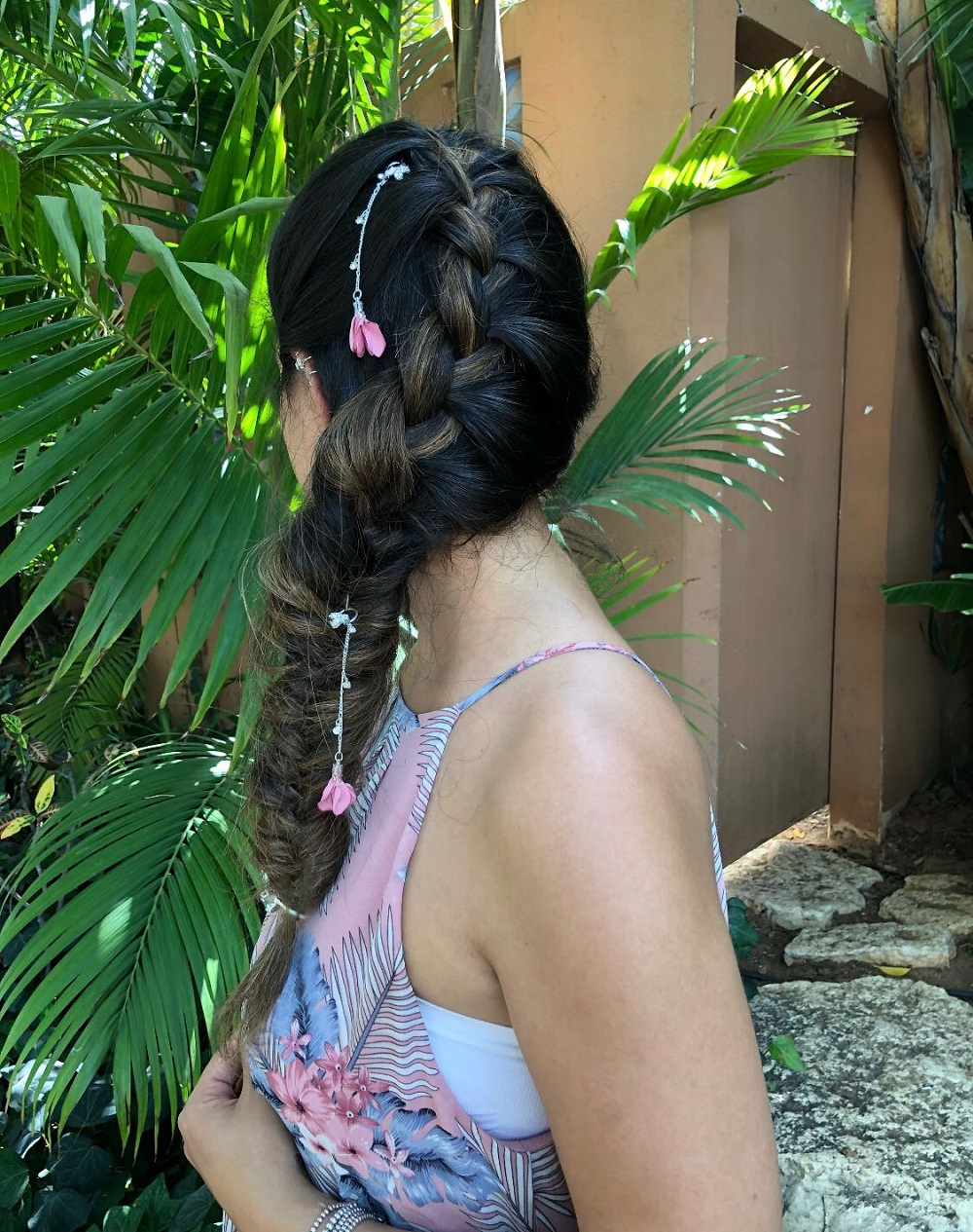 פיסים לשיער - כסף ופרחים ורודים