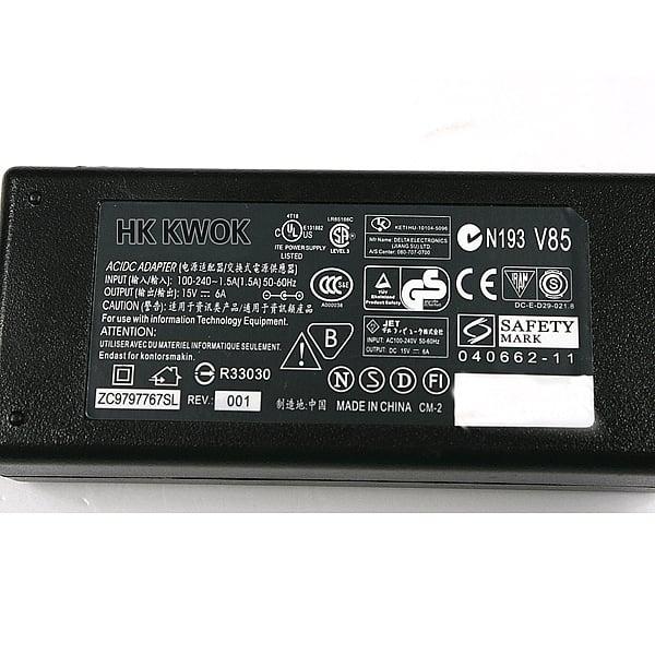 מטען/שנאי חליפי באיכות גבוהה למחשב נייד toshiba SATELLITE